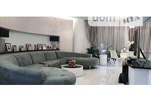 Продается 3-комнатная квартира 152 кв. м в Одессе