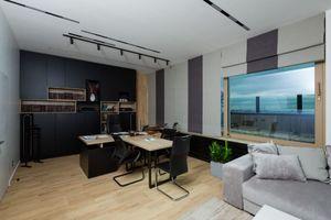 Продается офис 300 кв. м в нежилом помещении в жилом доме