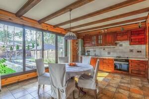 Продается дом на 2 этажа 208 кв. м с террасой