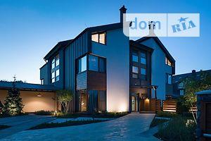 Продається будинок 3 поверховий 225 кв. м з гаражем