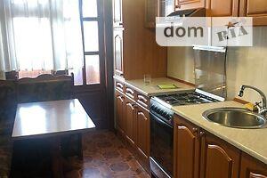 Продається 4-кімнатна квартира 82.5 кв. м у Херсоні