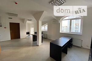 Сдается в аренду офис 70 кв. м в торгово-офисном центре