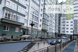 Продажа квартиры, Ивано-Франковск, р‑н.Центр, ВысочанаСеменаулица