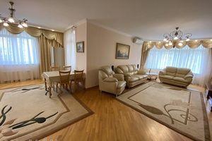 Здається в оренду 3-кімнатна квартира 130 кв. м у Києві