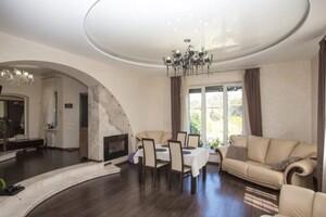 Продается дом на 4 этажа 295 кв. м с террасой