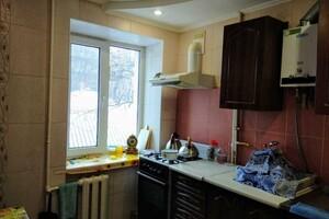 Продается 2-комнатная квартира 46 кв. м в Полтаве