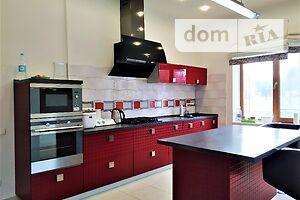 Продается дом на 2 этажа 225 кв. м с гаражом