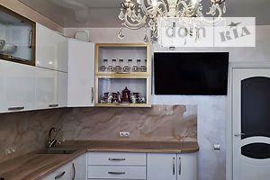 Продається 2-кімнатна квартира 66 кв. м у Києво-Святошинську