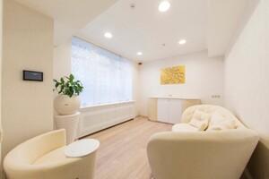 Продается офис 400 кв. м в нежилом помещении в жилом доме