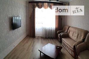 Продается 3-комнатная квартира 90 кв. м в Полтаве