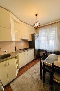 Продается 2-комнатная квартира 50 кв. м в Ровно