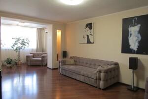 Продается 3-комнатная квартира 104.1 кв. м в Черкассах