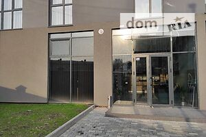 Продається нежитлове приміщення в житловому будинку 182 кв. м в 10-поверховій будівлі