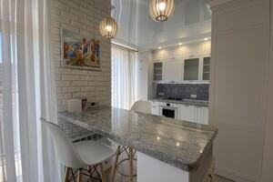 Сдается в аренду 2-комнатная квартира 60 кв. м в Житомире
