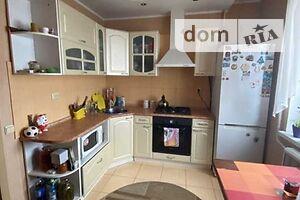 Продается 2-комнатная квартира 52 кв. м в Полтаве