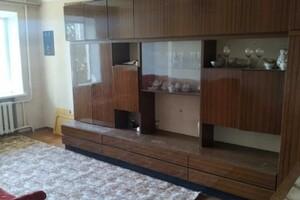 Продається 2-кімнатна квартира 52 кв. м у Рівному