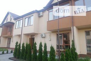 Продается 4-комнатная квартира 120 кв. м в Ровно