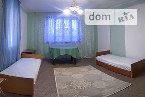 Долгосрочная аренда дома, Ужгород, р‑н.Центр, Корятовичаплощадь, дом 88