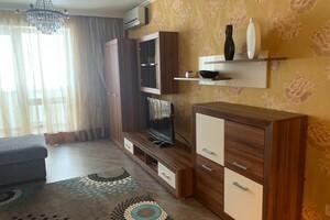 Сдается в аренду 1-комнатная квартира 49 кв. м в Николаеве