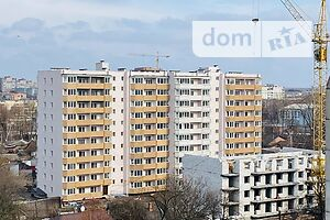 Продается 3-комнатная квартира 94.6 кв. м в Чернигове