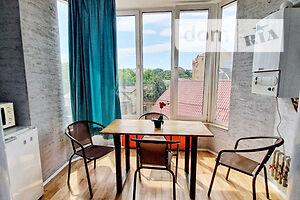 Продается 2-комнатная квартира 56 кв. м в Ивано-Франковске