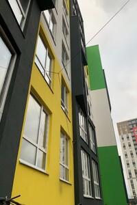 Продается 2-комнатная квартира 68 кв. м в Ирпене