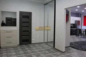 Продається 2-кімнатна квартира 100 кв. м у Полтаві
