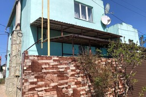 Продається будинок 2 поверховий 134 кв. м з бесідкою