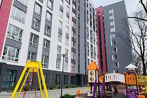 Продается 2-комнатная квартира 44 кв. м в Ирпене