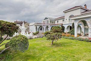 Продается дом на 2 этажа 733 кв. м с камином