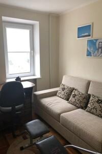 Продается 4-комнатная квартира 117.2 кв. м в Хмельницком