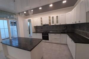 Продается дом на 2 этажа 210 кв. м с баней/сауной