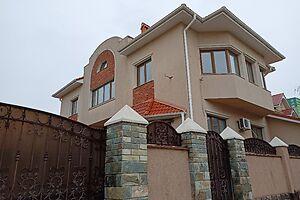 Продається будинок 2 поверховий 285.3 кв. м з балконом