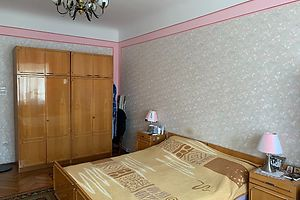 Продается 3-комнатная квартира 84 кв. м в Черновцах
