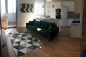 Продается 1-комнатная квартира 37.3 кв. м в Харькове