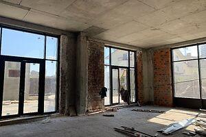 Продается объект сферы услуг 205.3 кв. м в 5-этажном здании