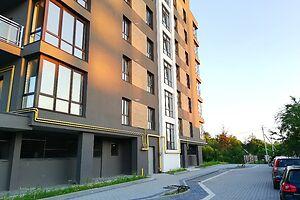 Продается 3-комнатная квартира 81.5 кв. м в Ивано-Франковске