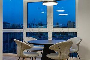 Продається 3-кімнатна квартира 92 кв. м у Києві