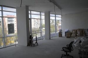 Здається в оренду приміщення вільного призначення 260.1 кв. м в 6-поверховій будівлі
