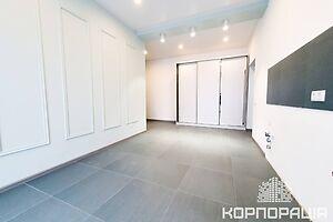 Продается 1-комнатная квартира 40.5 кв. м в Ужгороде