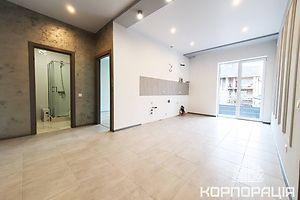 Продается 2-комнатная квартира 53.3 кв. м в Ужгороде