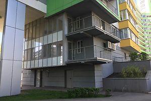 Продається офіс 132.7 кв. м в нежитловому приміщені в житловому будинку