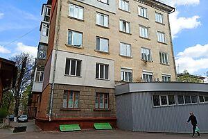 Продается помещения свободного назначения 36 кв. м в 5-этажном здании