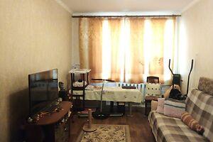 Продається 2-кімнатна квартира 45 кв. м у Херсоні