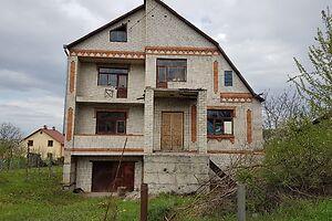 Продается дом на 2 этажа 250 кв. м с бассейном