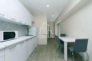 Продается 1-комнатная квартира 46.5 кв. м в Киеве