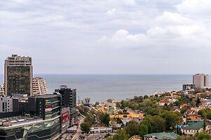 Продается 4-комнатная квартира 191 кв. м в Одессе