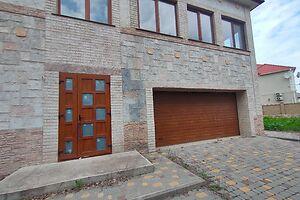 Продається будинок 2 поверховий 600 кв. м з гаражем