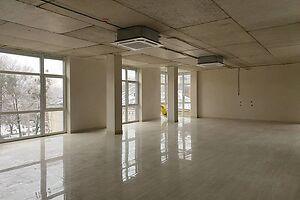 Здається в оренду приміщення вільного призначення 103 кв. м в 4-поверховій будівлі