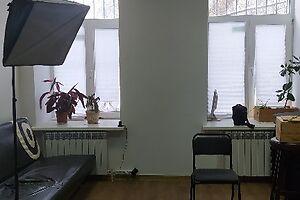 Продается офис 80 кв. м в нежилом помещении в жилом доме